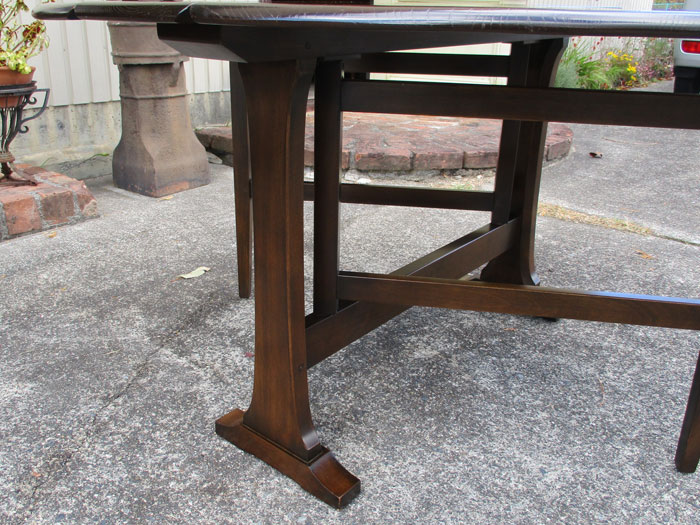 アーコール ゲートレッグテーブル